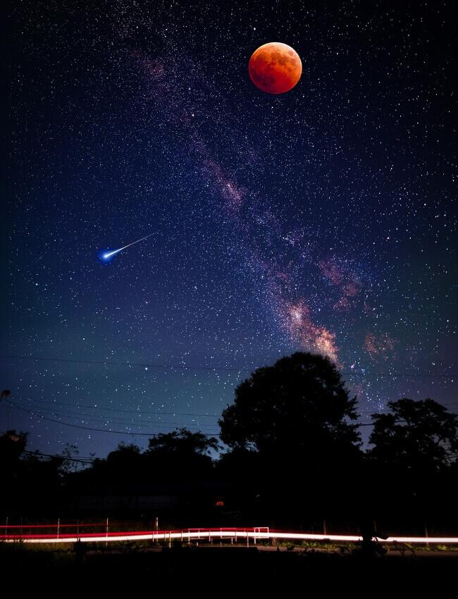 Naszyjnik choker z księżycami i gwiazdkami